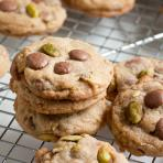 milk chocolate pistachio cookies